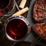 Συνδυάστε σωστά τις μπριζόλες με το κρασί σας